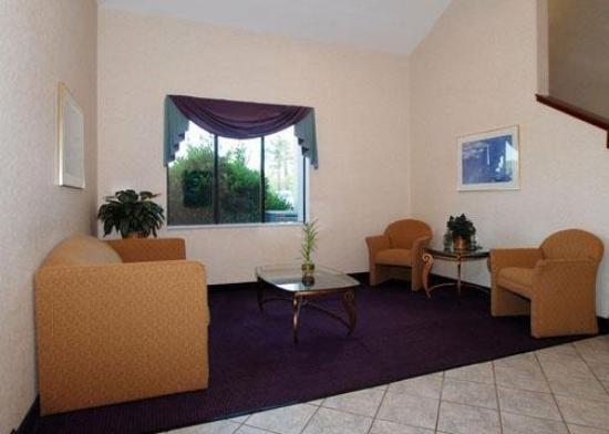 Sleep Inn , Inn & Suites: Lobby