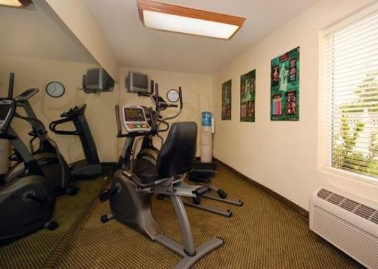 Sleep Inn & Suites: Exercise Area