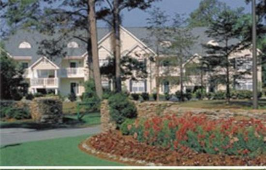 Village at the Glens Golf Resort: EXTERIOR