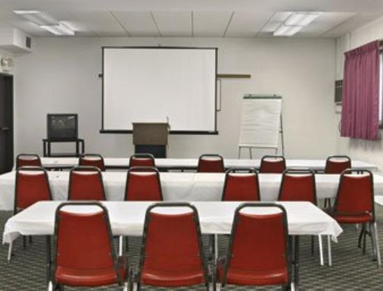 Travelodge Valleyfair Shakopee: Meeting Room