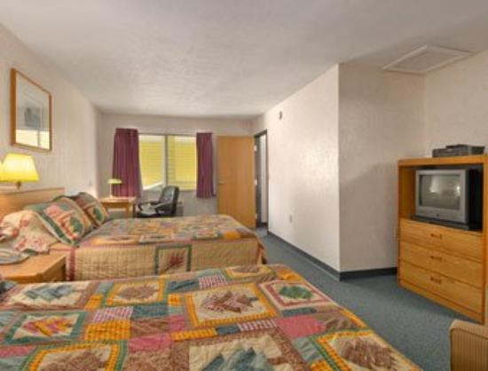 Superior Place: Guest Room