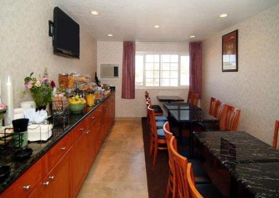 Quality Inn Auburn: Restaurant