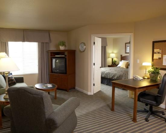 HYATT house Fishkill/Poughkeepsie: One Bedroom Suite