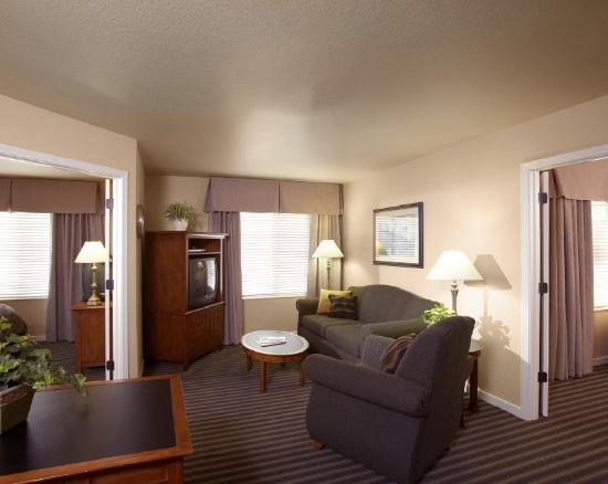 HYATT house Fishkill/Poughkeepsie: Two Bedroom Suite