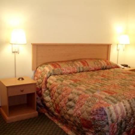 Home Town Inn : Guest Room