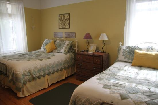 Stones Corner Bed and Breakfast: chambre