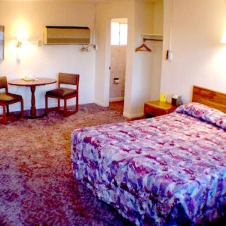 Golden Oak Inn : 1 Bed