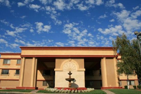 BEST WESTERN PLUS Orchid Hotel & Suites: Exterior