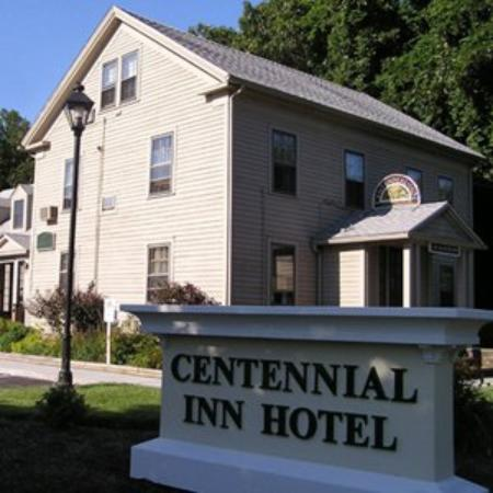 ‪Centennial Inn Hotel & Apartments‬