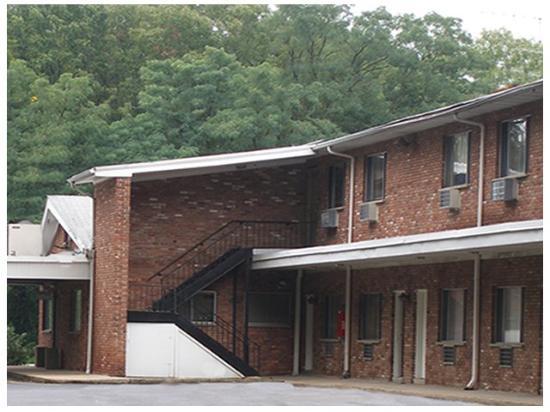 Red Carpet Inn Morris Plains: Exterior