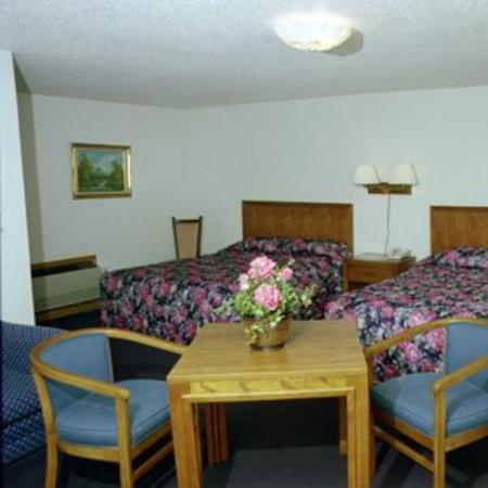 Moonlite Motel: Guest room