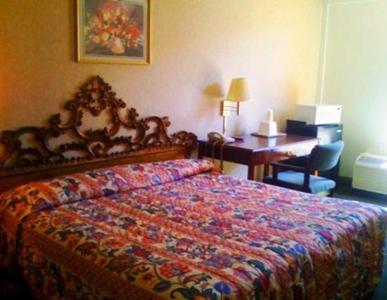 Real Value Inn: Kind Bed