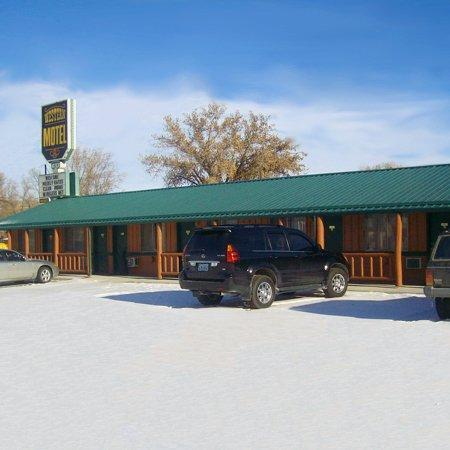 Ranchester Western Motel: Western Motel Ranchester WYExterior
