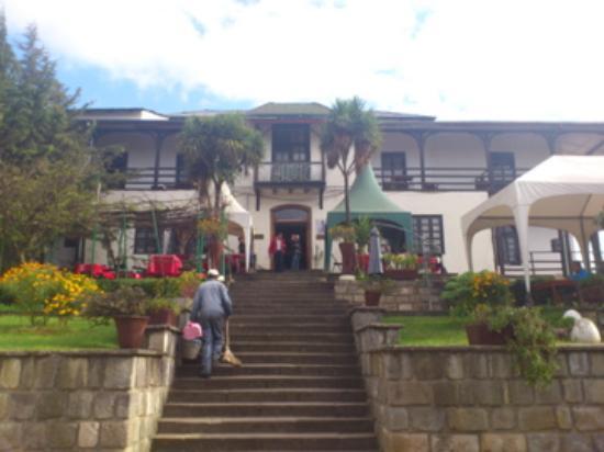 Taitu Hotel: Garden view & terrace.