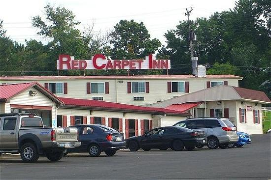Photo of Red Carpet Inn Syracuse Airport