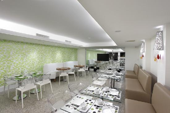 Biz Cevahir Hotel: Breakfast Room