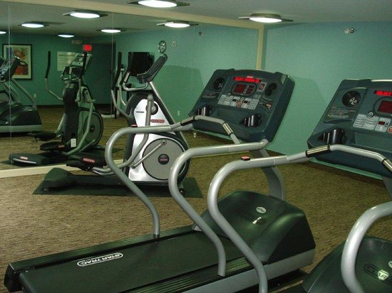 Holiday Inn Express and Suites Fort Lauderdale Executive Airport: Fitness Plus Much Mors