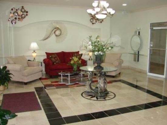 Budget Host Inn & Suites Cameron: Lobby