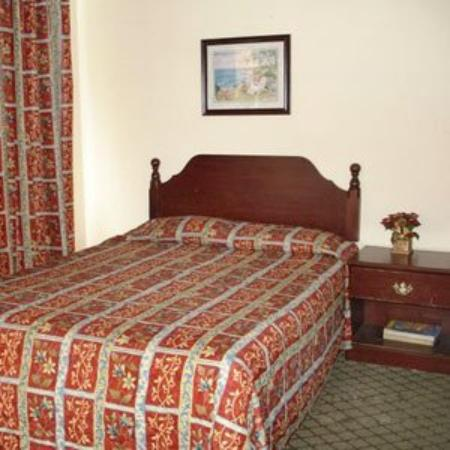 Travel Inn Fort Pierce: Guest Room