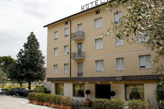 Hotel Tirrenus Perugia: Panoramica dell'Hotel