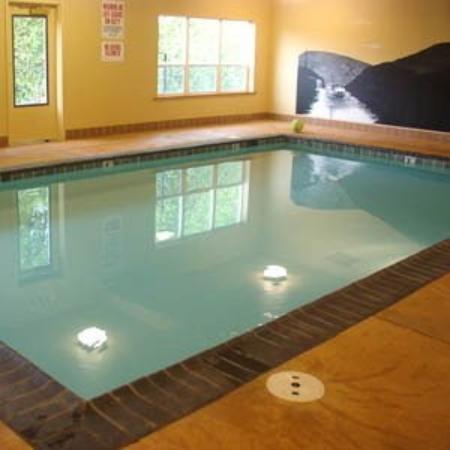 Clatskanie, Oregón: Pool View