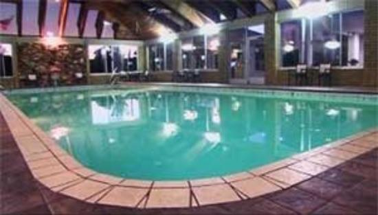 Parkside Inn -  Bridgeside: Lrg Heated Pool