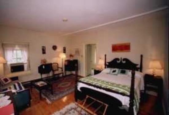 Colonial House Inn: Guest Room