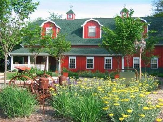 TimberCreek Bed & Breakfast: exterior