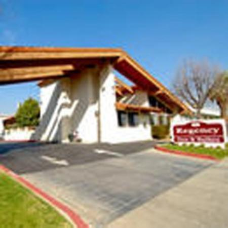 The Regency Inn & Suites, Riverside: Exterior