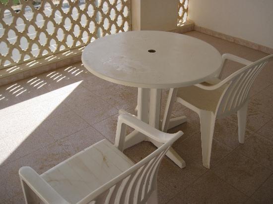 Liwa Hotel: balcony