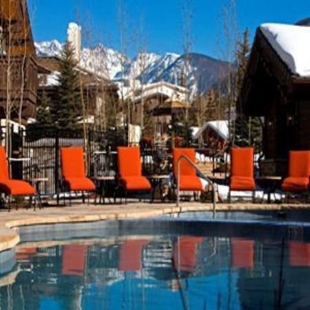 Lodge Tower: Outdoor Pool