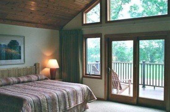 Arkdale, WI: Guest Room 1