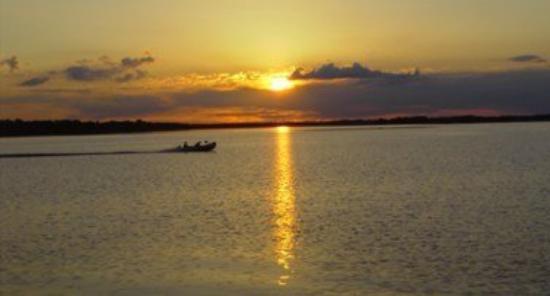 Northern Bay Resort: Boating