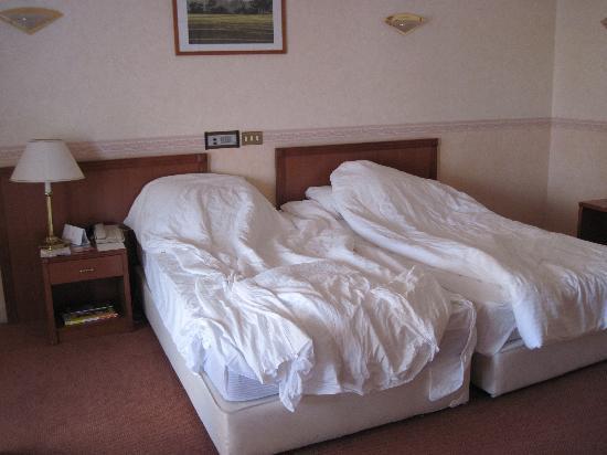 โรงแรมลิวา: room