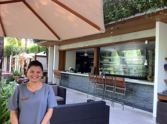 The Chava Resort: the friendly staff at restaurant