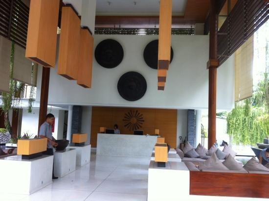 The Chava Resort: Lobby - high ceiling