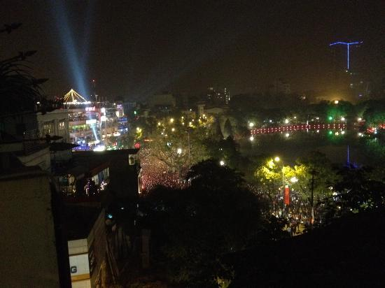 Hanoi Morning Hotel : View from the 6th floor at midnight.