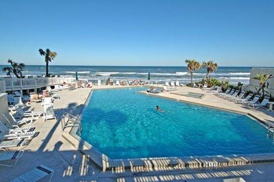 Hyatt Place Daytona Beach - Oceanfront: Old Pool view