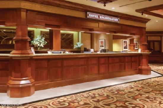 Sam's Town Hotel & Gambling Hall: Lobby