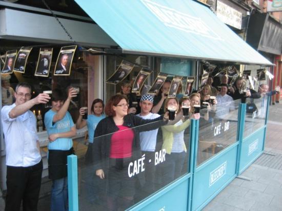 Bleecker Street Cafe Bar: To Arthur!!!