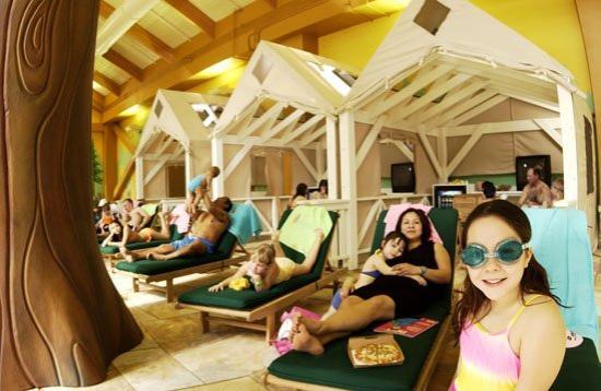 Great Wolf Lodge: Pool Side Cabana