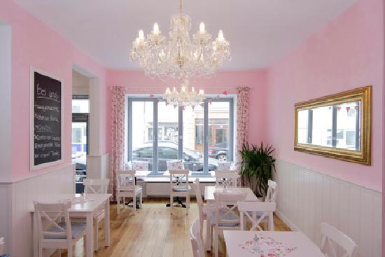 Photo of German Restaurant Cafe Lotti at Schleissheimer Str. 13, Munich 80333, Germany