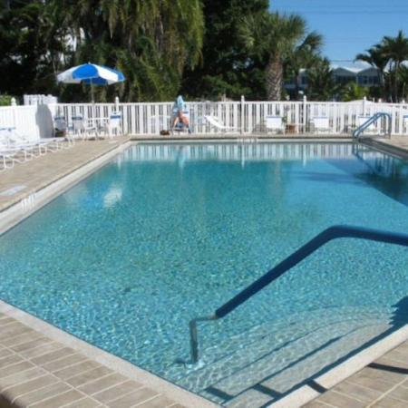 Gulfview Manor Resort: Pool