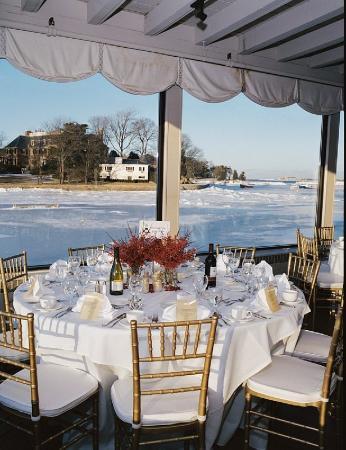Cohasset Harbor Resort: Winter Wedding