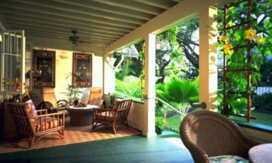 Old Wailuku Inn at Ulupono: Exterior