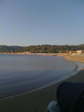 Mira Hotel Residence: Ogni mattina portavo mio figlio di 8 mesi in spiaggia, era incantevole.
