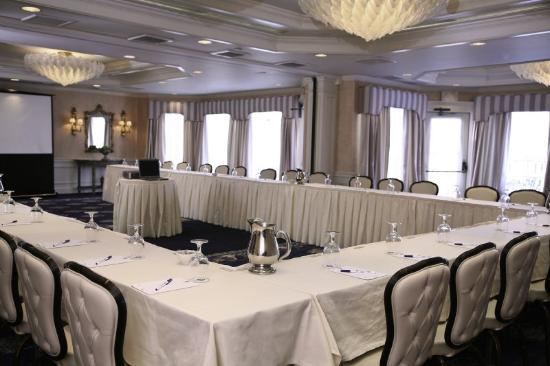 Saybrook Point Inn & Spa: U-Shape in Ballroom Section