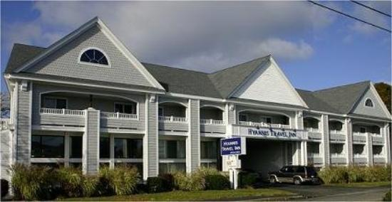 Hyannis Travel Inn: Exterior View