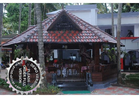 Akhil Beach Resort: Walk in to taste the finest delicacies in Varkala