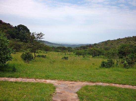 Entumoto Safari Camp: stunning view from the camp into the valley